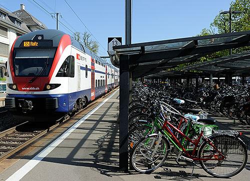 S5 travels north to Zurich