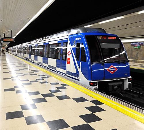 Madrid Metro at Principe de Vergara station