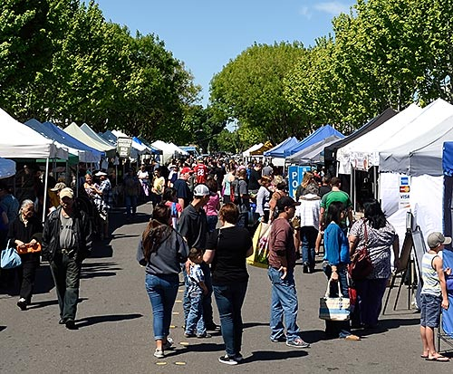 Farmers Market in downtown Tracy, California