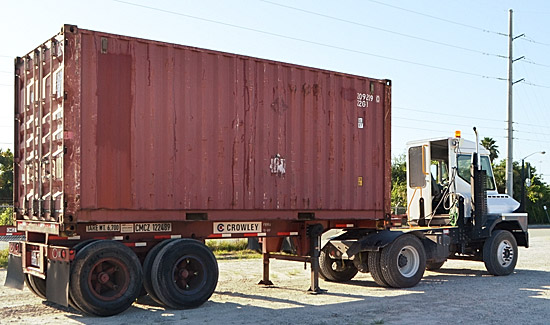 Container on truck (CC BY-NC 2.0 photo by JAXPORT)