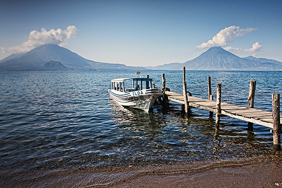 Lake Atitlán, Guatemala / CC by 2.0 by Tatiana Travelways