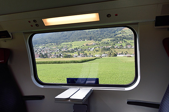 View from IR 13 train in Switzerland | Copr. © 2019 by Tim Adams, Creative Commons CC BY 2.0