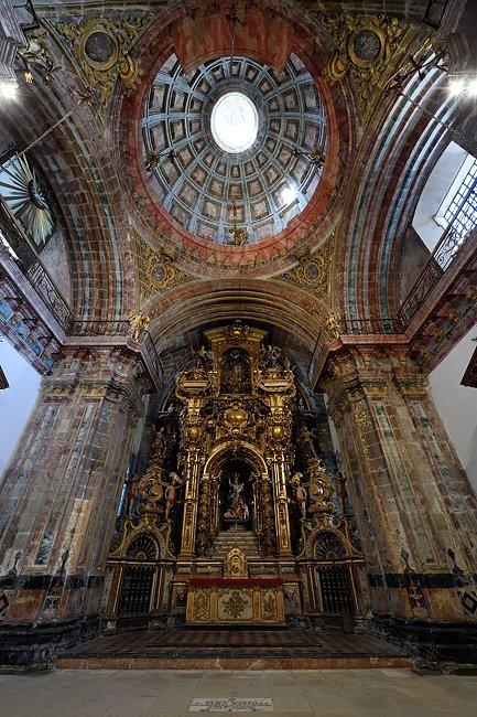 Socorro Chapel, Santiago de Compostela, Spain | © 2019 Tim Adams, CC BY 2.0