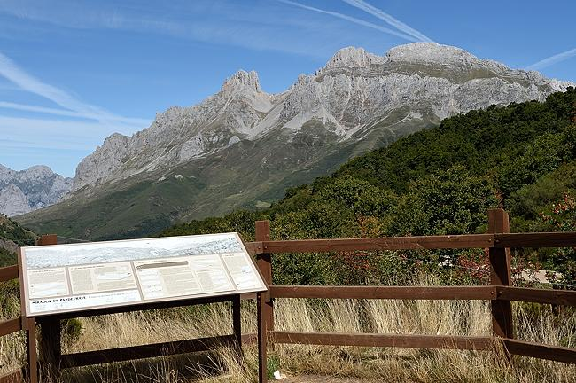Mirador Pandetrave in Picos de Europa | © 2020 Tim Adams, CC BY 2.0
