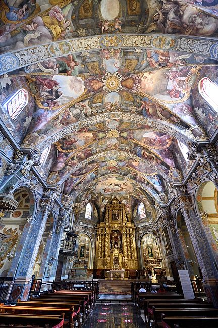 Church of San Nicolás de Bari in Valencia, Spain | © 2020 Tim Adams, CC BY 2.0