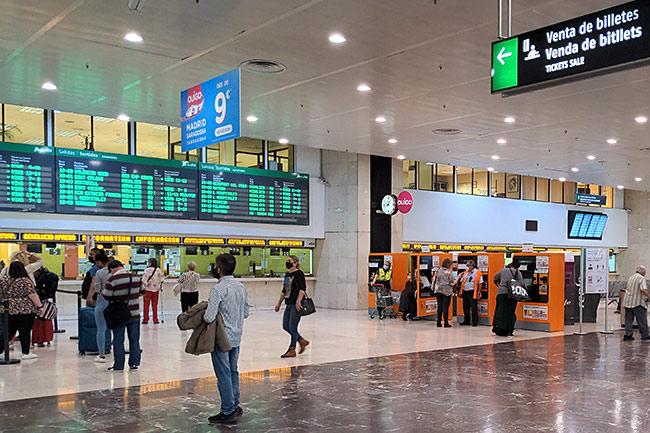 Rodalies ticket dispenser at Barcelona-Sants rail station